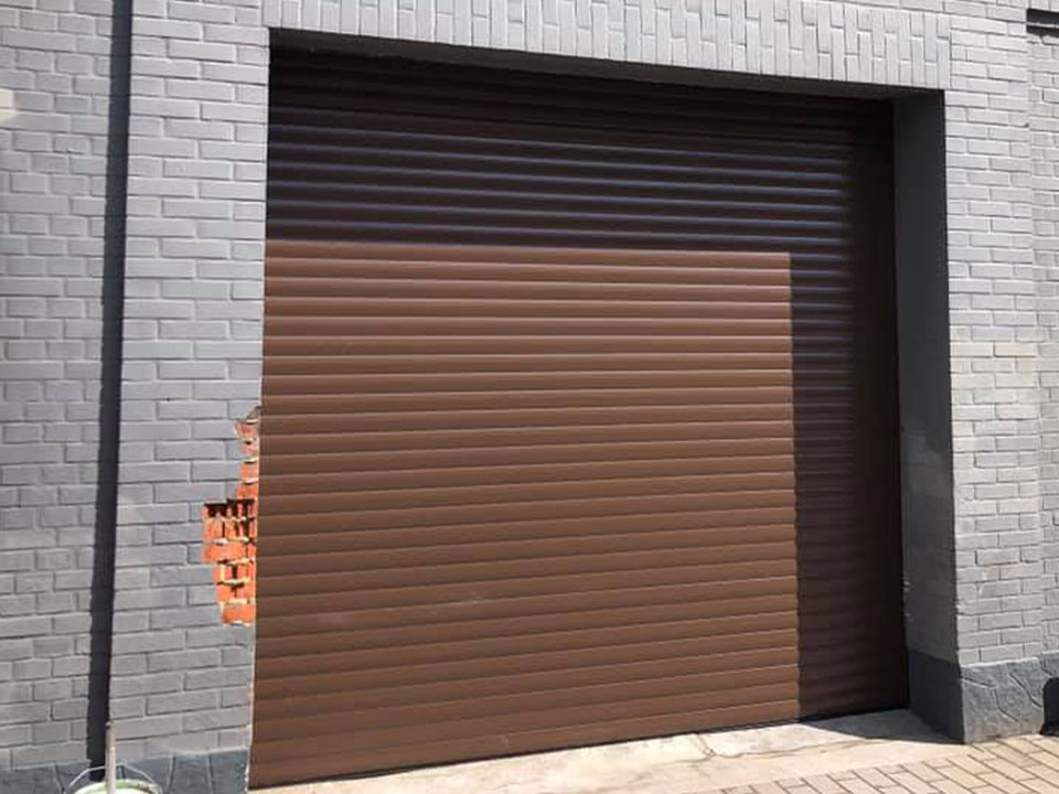 Porte-garage-déroulant