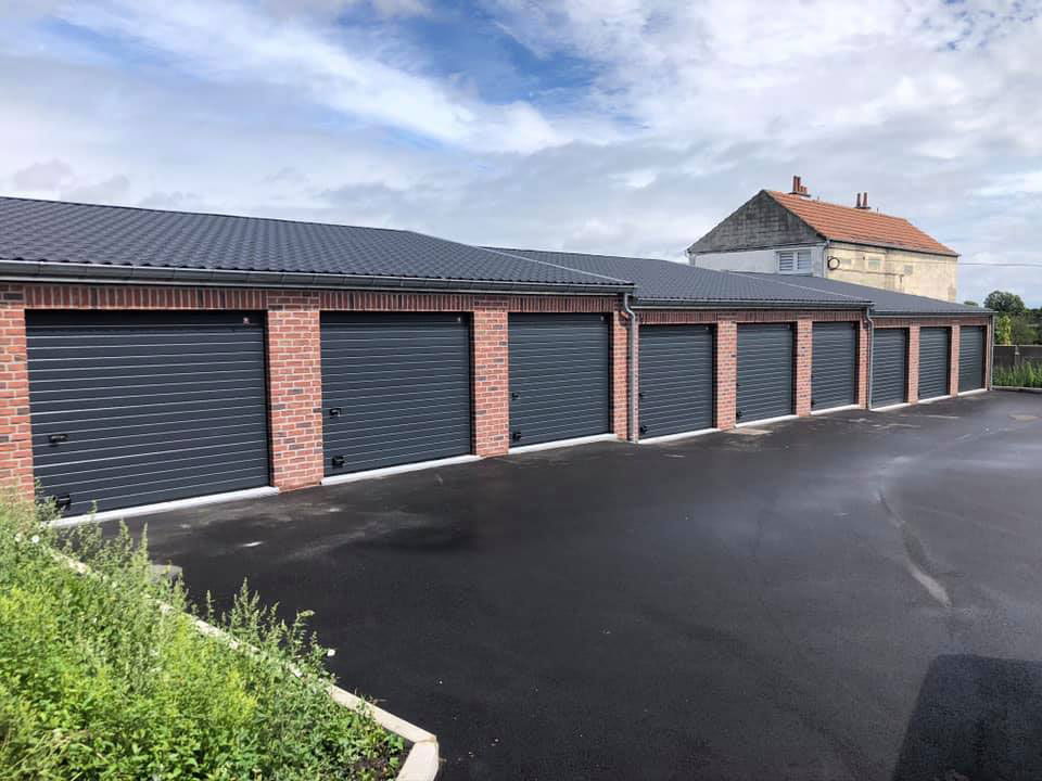 Portes-garages-Auvelais